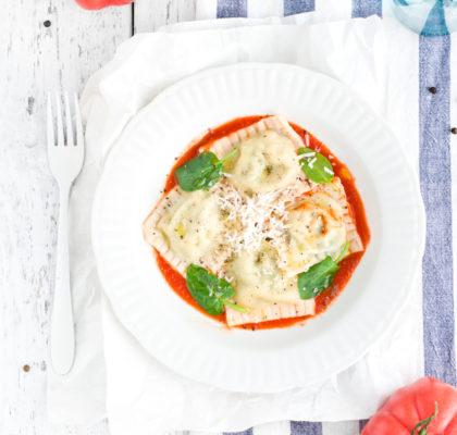 Ravioli z ricottą i szpinakiem