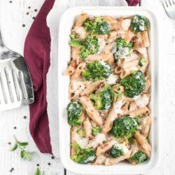 Zapiekanka makaronowa z brokułem - przepis
