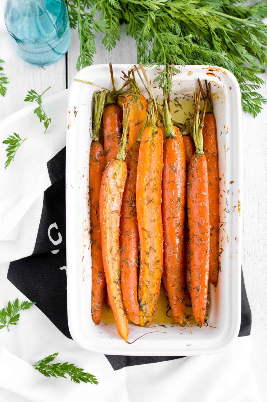 Pieczone młode marchewki