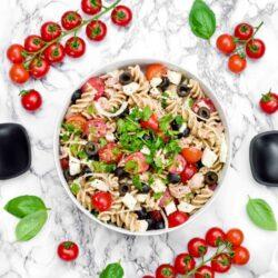 Sałatka makaronowa we włoskim stylu - przepis