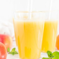 Sok z ananasa i cytrusów